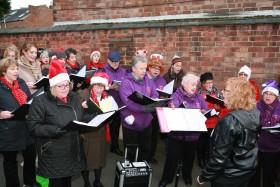 Ruddington Christmas Market 003 Choir on SPR drive